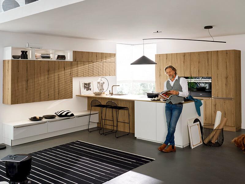 nolte Küche groß mit Ansatztheke bei Wohn Schick