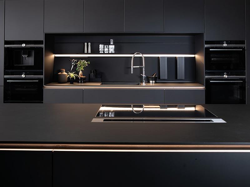 NEXT125 Küche schwarz matt Wohn Schick