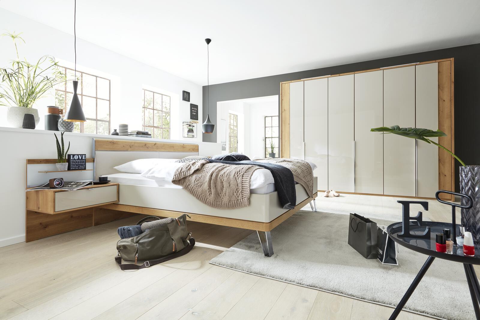 1017 Schlafzimmer