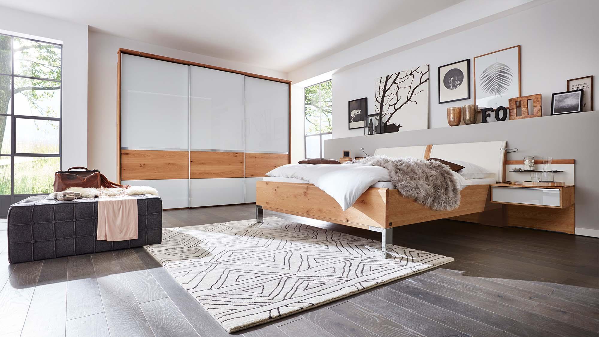 1202 Schlafzimmer