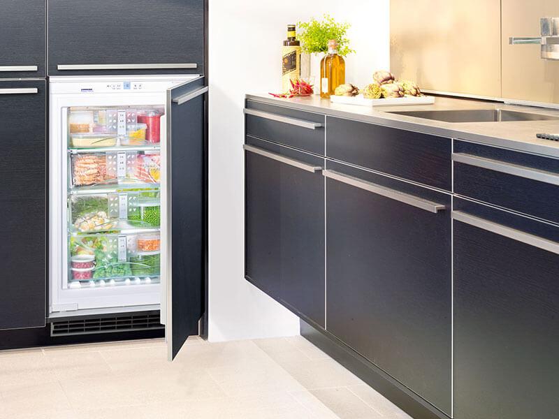 vollintegrierter Kühlschrank bei Wohn Schick kaufen