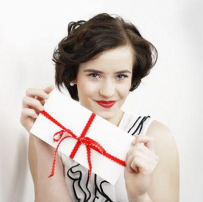 Geburtstag, Weihnachten oder auch besondere Anlässe. Hier bei Wohn Schick finden Sie den passenden Gutschein. Ganz einfach im Online Shop bestellen.