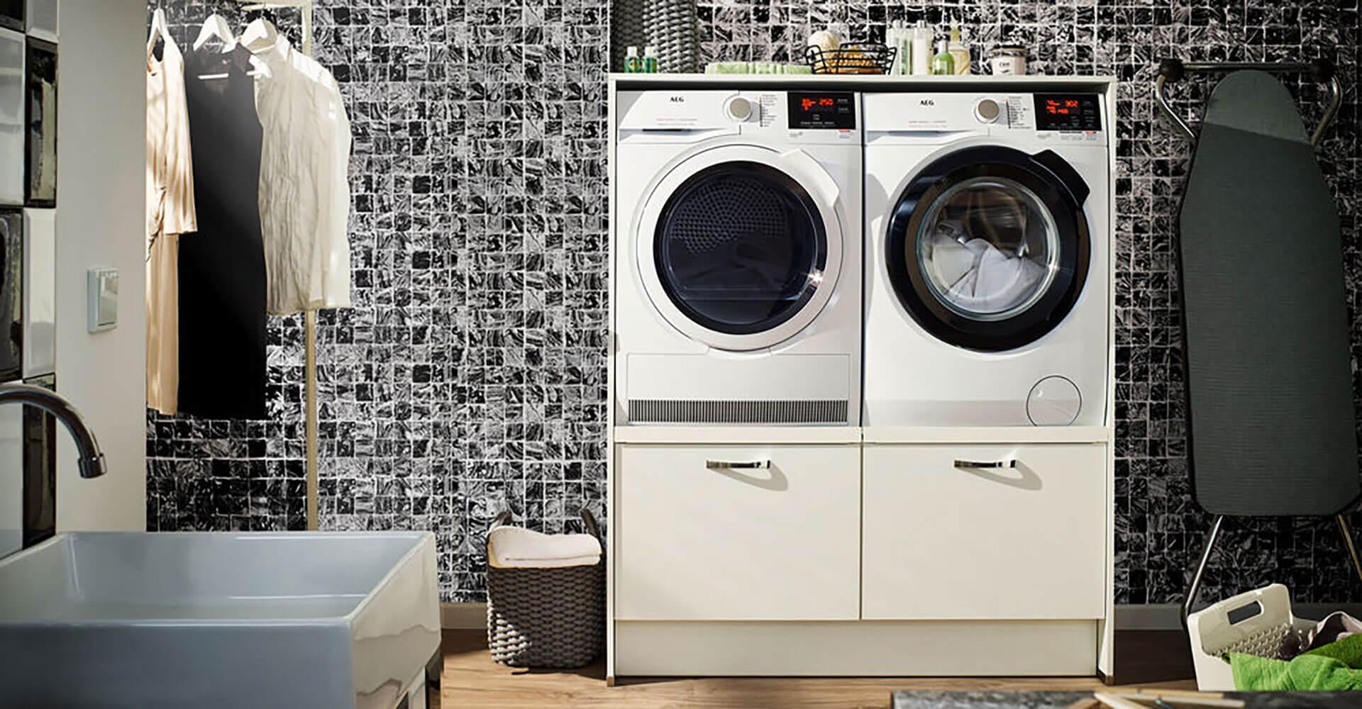 Möbel für Haushaltsraum weiß Wäsche waschen