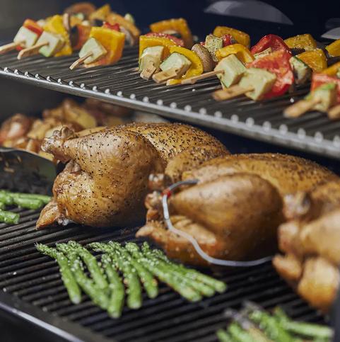Viele Auswahl an weber grills bei Wohn Schick und auch im online Shop. Wenn Sie Fragen haben ganz einfach online Termin vereinbaren