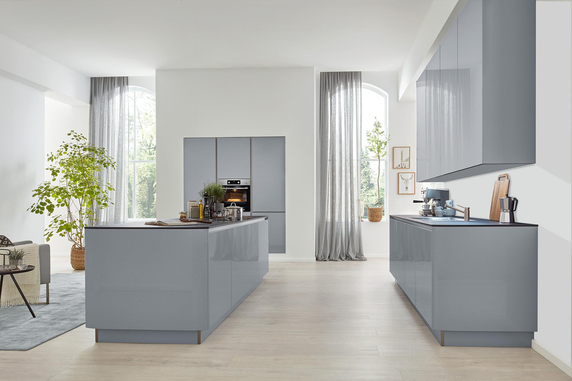 grifflose graue küche zweiteilig Interliving bei Wohn Schick