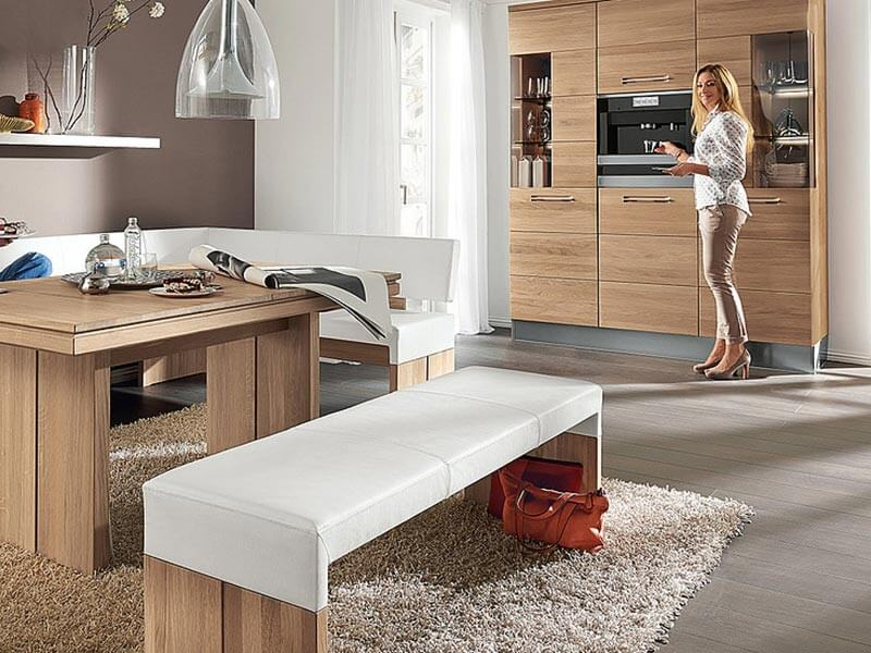 moderne Möbel aus Holz bei Wohn Schick