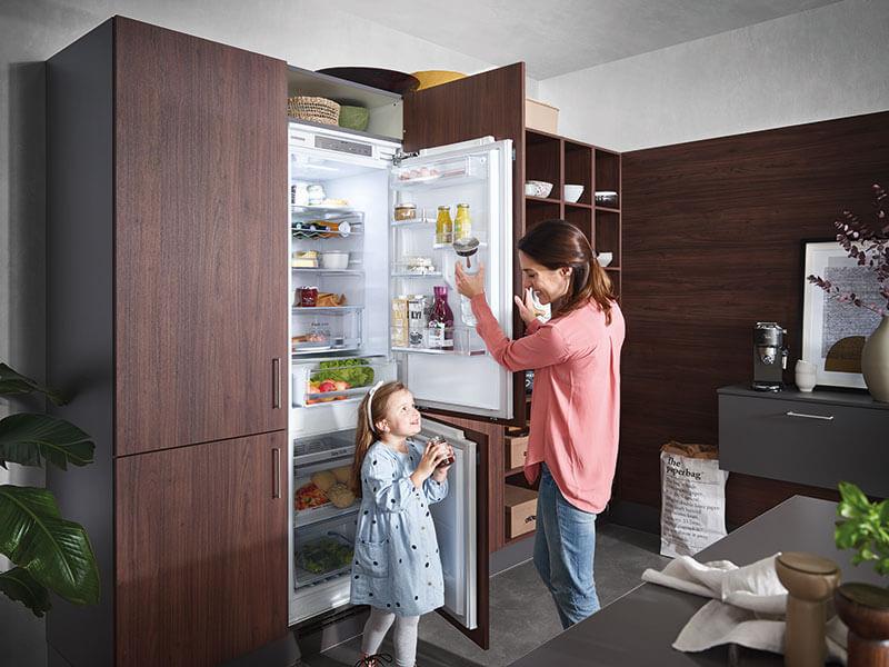 Samsung Kühlschrank mit Gefrierschrank vollintegriert