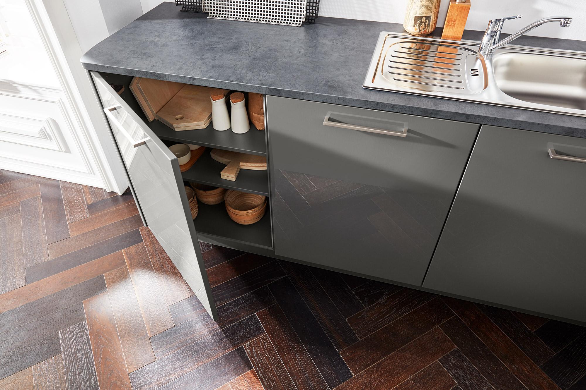 Interling unter Schrank Waschbecken und elektrogeräten bei wohn schick