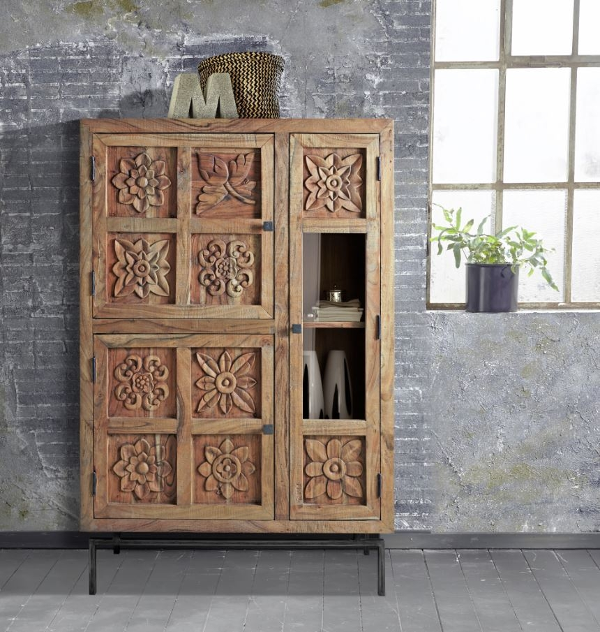 CARVING Highboard